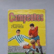 Coleccionismo deportivo: ÁLBUM CROMOS FÚTBOL. CAMPEONES. AÑO 1961. . Lote 181344667