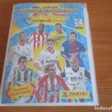 Coleccionismo deportivo: ALBUM DE CROMOS DE FUTBOL ADRENALYN XL TEMPORADA 2017/18 (BASTANTE COMPLETO CON 568 CROMOS). Lote 182855538