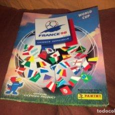 Coleccionismo deportivo: ALBUM DE CROMOS WORLD CUP FRANCIA 98 PANINI CON MÁS DE 400 CROMOS. Lote 186367851
