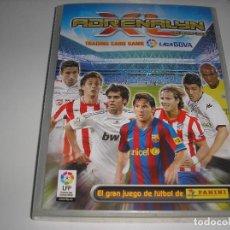 Collezionismo sportivo: ADRENALYN XL 2009 - 2010 CASI COMPLETO (SOLO FALTAN 9) CON 40 BRILLANTINAS DOBLES (GRUESA Y FINA).... Lote 191006265