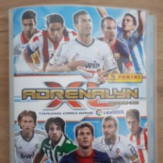 Coleccionismo deportivo: ALBUM TRADING CARDS ADRENALYN 2012 13 Y CROMOS. Lote 191145668