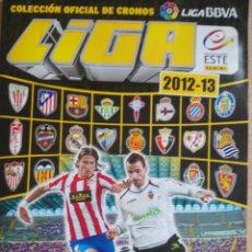 Coleccionismo deportivo: EDICIONES ESTE 2012-13 CONTIENE 421 CROMOS LOS DOBLES ESTAN PEGAGOS ENCIMA POR UN FILO. Lote 195033345