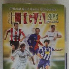 Coleccionismo deportivo: ALBUM ARCHIVADOR OFFICIAL QUIZ GAME COLLECTION LIGA 2009 2010; MUNDICROMO - CONTIENE 494 CROMOS. Lote 195155165