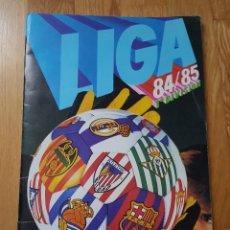 Coleccionismo deportivo: ÁLBUM LIGA ESTE 84 85 1984 1985 CROMOS PEGADOS POR ARRIBA. Lote 195361678