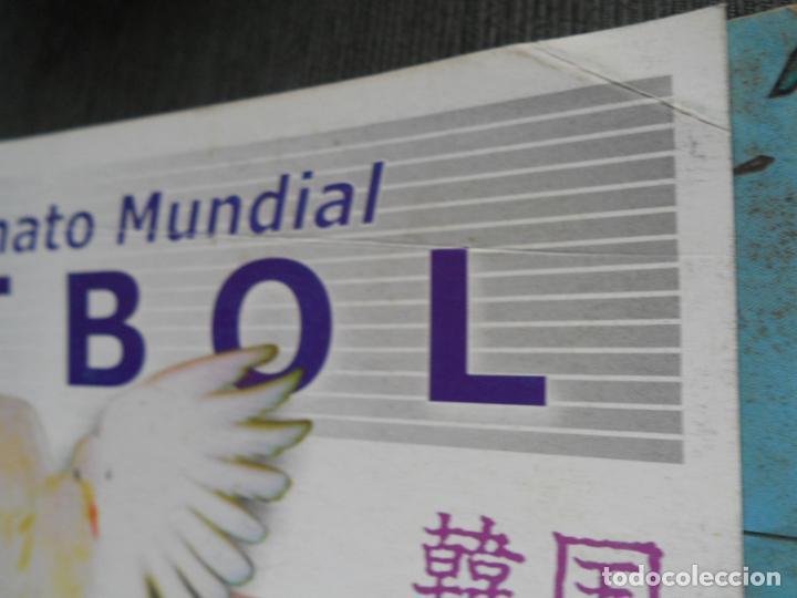 Coleccionismo deportivo: DEFECTOS ALBUM VACIO PLANCHA SIN CROMOS FIFA WORLD CUP KOREA JAPAN 2002 COREA JAPON 02 REYAUCA - Foto 2 - 200041433