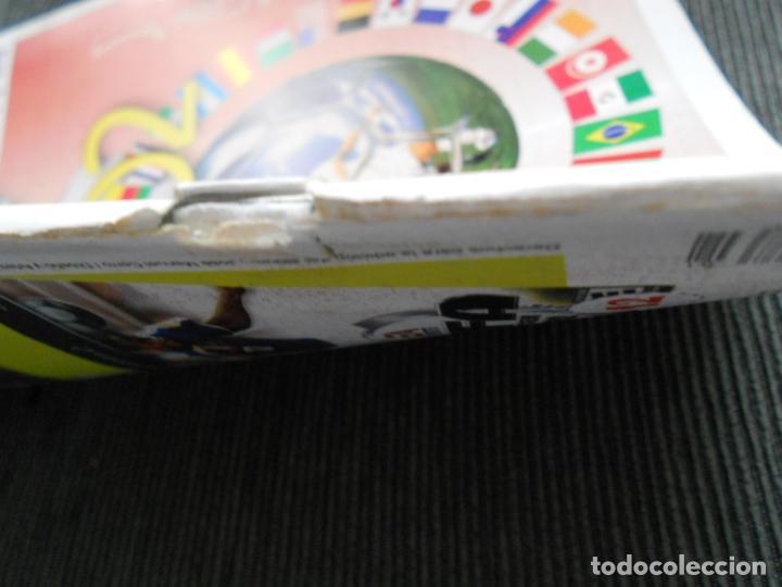 Coleccionismo deportivo: DEFECTOS ALBUM VACIO PLANCHA SIN CROMOS FIFA WORLD CUP KOREA JAPAN 2002 COREA JAPON 02 REYAUCA - Foto 6 - 200041433