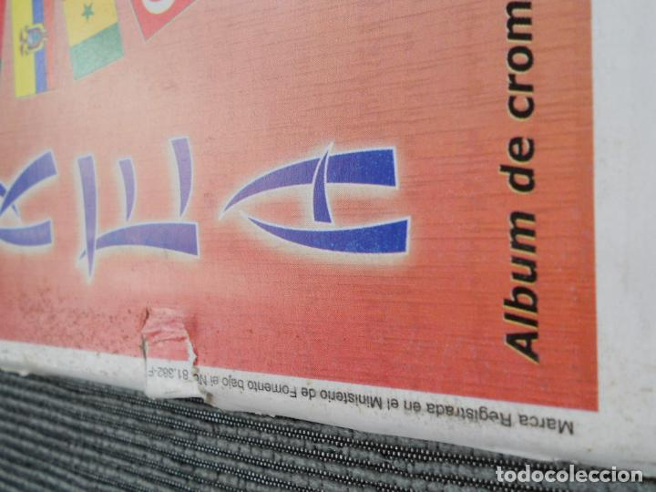 Coleccionismo deportivo: DEFECTOS ALBUM VACIO PLANCHA SIN CROMOS FIFA WORLD CUP KOREA JAPAN 2002 COREA JAPON 02 REYAUCA - Foto 7 - 200041433