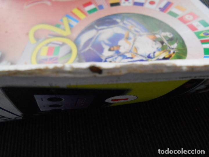 Coleccionismo deportivo: DEFECTOS ALBUM VACIO PLANCHA SIN CROMOS FIFA WORLD CUP KOREA JAPAN 2002 COREA JAPON 02 REYAUCA - Foto 8 - 200041433