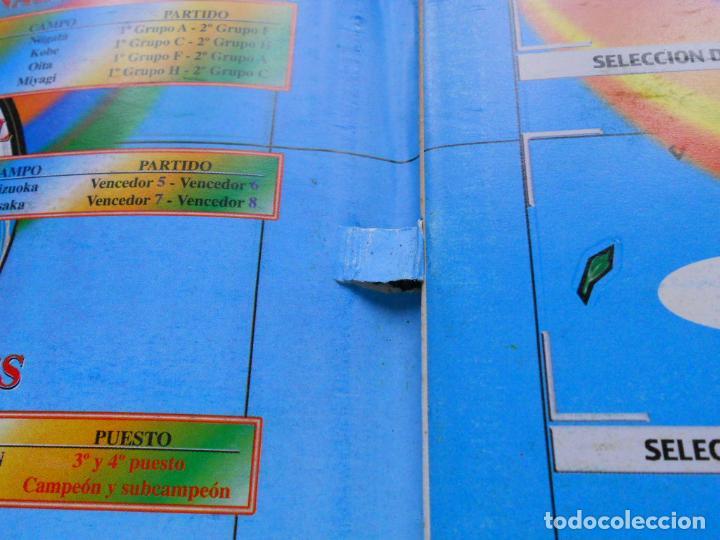 Coleccionismo deportivo: DEFECTOS ALBUM VACIO PLANCHA SIN CROMOS FIFA WORLD CUP KOREA JAPAN 2002 COREA JAPON 02 REYAUCA - Foto 14 - 200041433