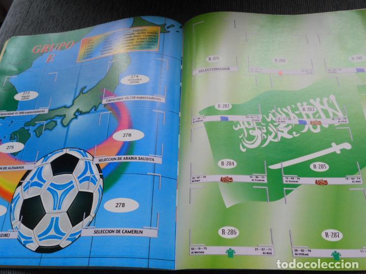 Coleccionismo deportivo: DEFECTOS ALBUM VACIO PLANCHA SIN CROMOS FIFA WORLD CUP KOREA JAPAN 2002 COREA JAPON 02 REYAUCA - Foto 24 - 200041433