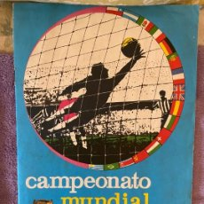 Colecionismo desportivo: CAMPEONATO MUNDIAL DE FUTBOL DE 1966 ALBUM CON 137 CROMOS BUEN ESTADO SE PU LLEG A VENDER SUELT 110M. Lote 201204432