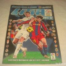 Coleccionismo deportivo: LIGA 2011 / 12. COLECCION OFICIAL DE CROMOS. CONTIENE 98 CROMOS CROMOS PEGADOS Y 17 SIN PEGAR. Lote 204684130