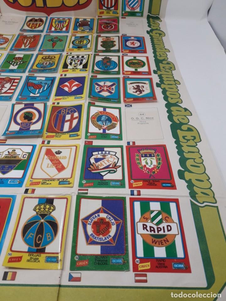 Coleccionismo deportivo: Poster-Álbum Escudos Fútbol-Cropan-Patatas Crecs-Los Grandes Equipos de Europa 55/60 cromos!! - Foto 9 - 204825008