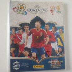 Coleccionismo deportivo: ALBUM ADRENALYN EURO 2012 PANINI CON 135 CARTAS MAS 46 REPETIDAS. Lote 207265617