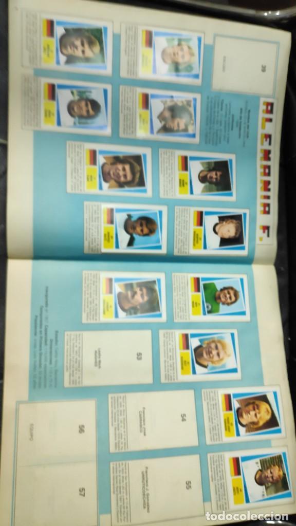 Coleccionismo deportivo: CAMPEONATO MUNDIAL ARGENTINA 78 ( PEGADOS EN UN ALBUM AL QUE NO CORRESPONDEN ) INCOMPLETO - Foto 4 - 207285602
