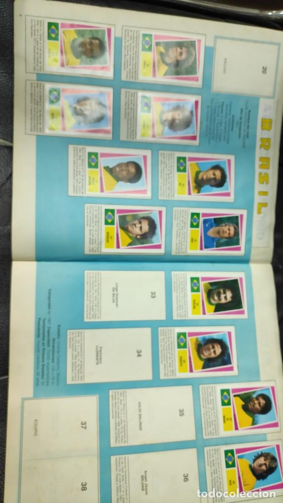 Coleccionismo deportivo: CAMPEONATO MUNDIAL ARGENTINA 78 ( PEGADOS EN UN ALBUM AL QUE NO CORRESPONDEN ) INCOMPLETO - Foto 6 - 207285602