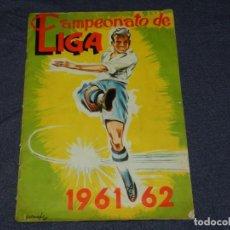 Coleccionismo deportivo: ALBUM - CAMPEONATO DE LIGA 1961 - 62 , DISGRA , EDT FHER , FALTAN 4 CROMOS , SEÑALES DE USO. Lote 214405425