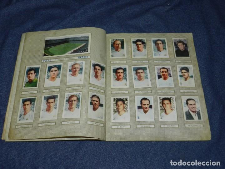 Coleccionismo deportivo: ALBUM CAMPEONATOS NACIONALES FUTBOL 1959 , FALTAN 12 CROMOS, EDT RUIZ ROMERO, BARCELONA - Foto 4 - 214419866