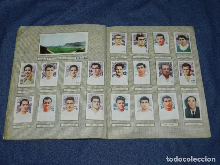 Coleccionismo deportivo: ALBUM CAMPEONATOS NACIONALES FUTBOL 1959 , FALTAN 12 CROMOS, EDT RUIZ ROMERO, BARCELONA - Foto 13 - 214419866