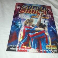 Coleccionismo deportivo: ALBUM SUPER BARCA 2005-06 CON LOS CROMOS DE MESSI. Lote 215638468