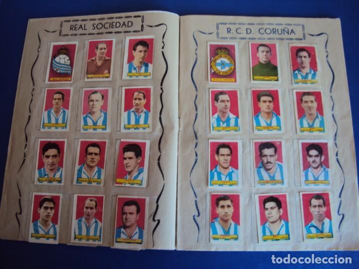 Coleccionismo deportivo: (F-200898)ALBUM ASES DEL FUTBOL AZAFRAN EL NIÑO - AÑOS 50 - FALTA 1 CROMO - Foto 5 - 215803098