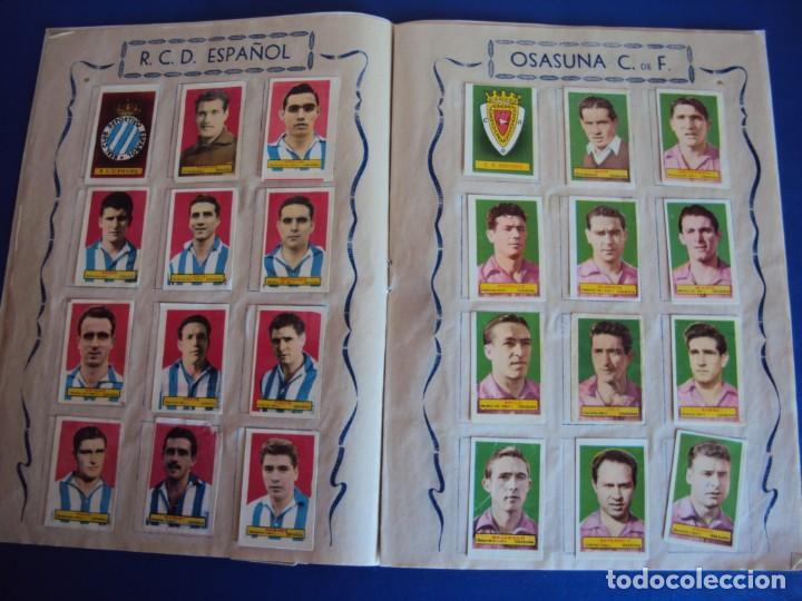 Coleccionismo deportivo: (F-200898)ALBUM ASES DEL FUTBOL AZAFRAN EL NIÑO - AÑOS 50 - FALTA 1 CROMO - Foto 7 - 215803098