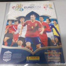 Coleccionismo deportivo: ARCHIVADOR PLASTICO ADRENALYN XL PANINI UEFA EURO 2012 POLONIA-UCRANIA CON 38 CROMOS. Lote 216458211