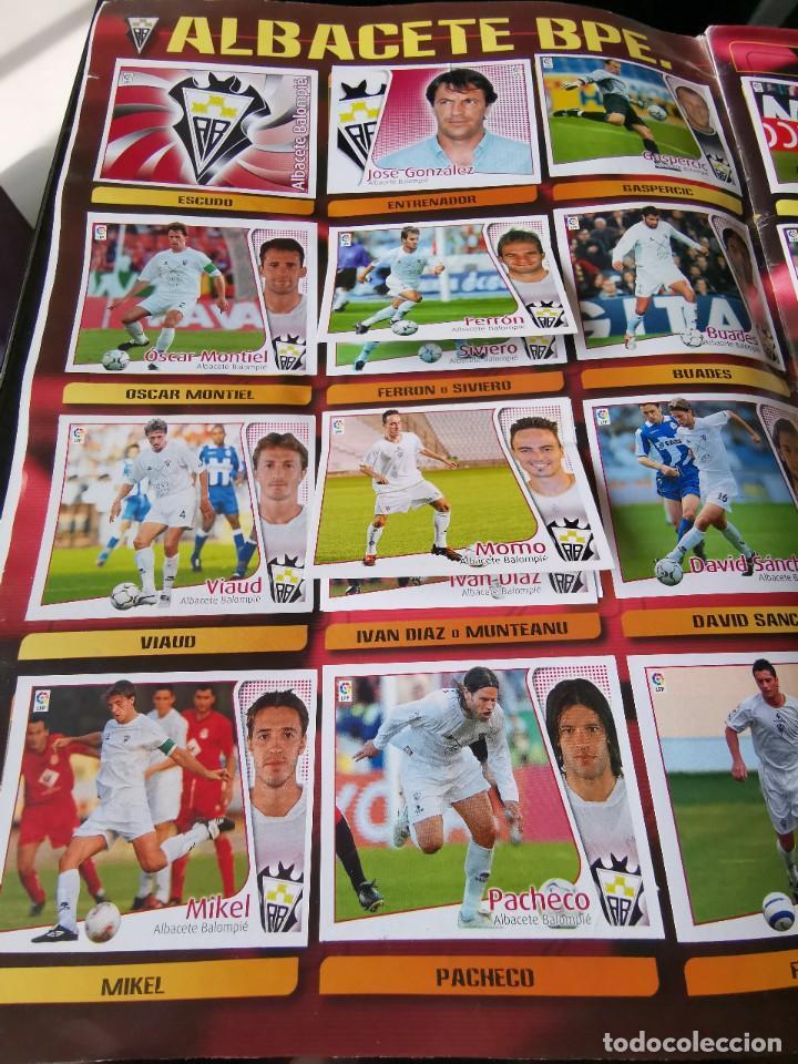 Coleccionismo deportivo: ALBUM CROMOS FUTBOL EDICIONES ESTE 04 05 LIGA 2004 2005 MESSI ROOKIE COLOCA EN VENTANILLA 509 CROMOS - Foto 5 - 218707542