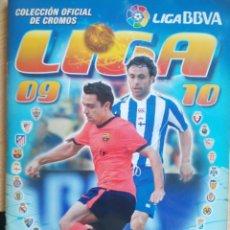 Coleccionismo deportivo: EDICIONES ESTE 2009 -10 CONTIENE 236 CROMOS DOBLES PEGADOS. Lote 221712268