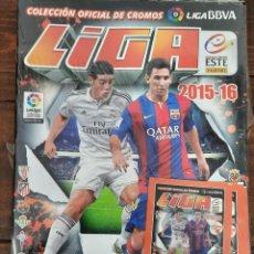 Coleccionismo deportivo: ALBUM FUTBOL LIGA ESTE 2015/2016 - PANINI - CONTIENE 4 SOBRES DE CROMOS (PRECINTADO). Lote 222220041