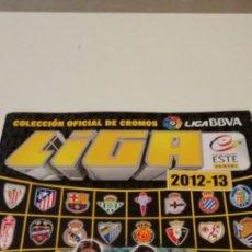 Coleccionismo deportivo: G-90 ALBUM ESTE PANINI FUTBOL 2012 2013 12 13 CROMOS PEGADOS MAL COLOCADOS VER FOTOS. Lote 223636295