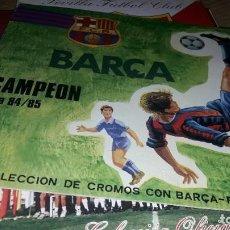 Coleccionismo deportivo: CRUYFF EN EL ALBUM BARCA LIGA 1984 -85. Lote 230417110