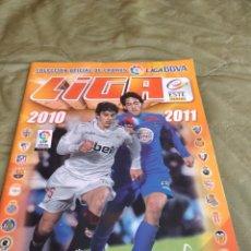 Coleccionismo deportivo: M-33 ALBUM DE FUTBOL ESTE PANINI LIGA 2010 2011 10 11 VER FOTOS PARA ESTADO Y CROMOS. Lote 253810440