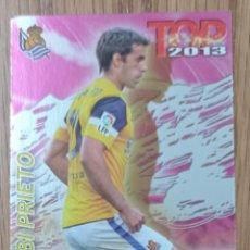 Collezionismo sportivo: CROMO N° 601 XABI PRIETO TOP FUCSIA REAL SOCIEDAD C. F FICHA LIGA MUNDICROMO 2012 2013 12 13. Lote 254110265