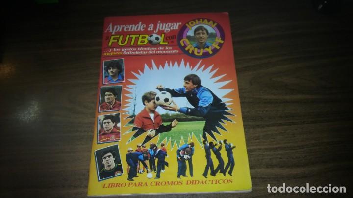 APRENDE A JUGAR A FUTBOL CON JOHAN CRUYFF ( GEPRODESA, 1984) - INOMPLETO A FALTA SOLO DE 2 CROMOS (Coleccionismo Deportivo - Álbumes y Cromos de Deportes - Álbumes de Fútbol Incompletos)