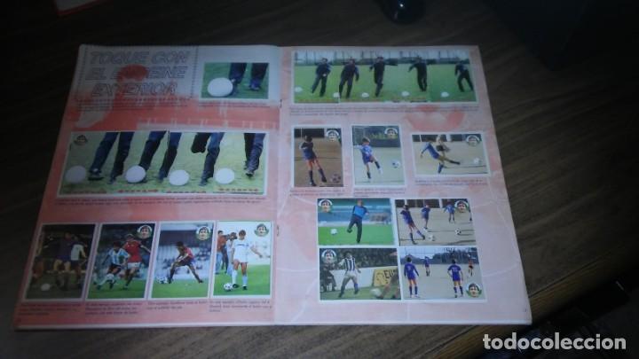 Coleccionismo deportivo: APRENDE A JUGAR A FUTBOL CON JOHAN CRUYFF ( GEPRODESA, 1984) - INOMPLETO A FALTA SOLO DE 2 CROMOS - Foto 13 - 255597635