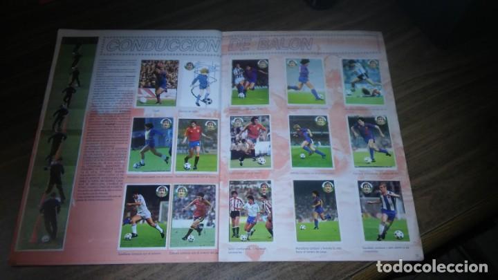 Coleccionismo deportivo: APRENDE A JUGAR A FUTBOL CON JOHAN CRUYFF ( GEPRODESA, 1984) - INOMPLETO A FALTA SOLO DE 2 CROMOS - Foto 18 - 255597635