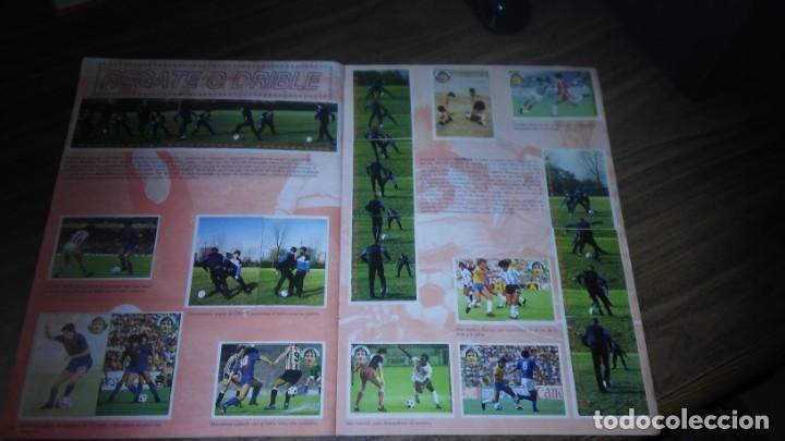 Coleccionismo deportivo: APRENDE A JUGAR A FUTBOL CON JOHAN CRUYFF ( GEPRODESA, 1984) - INOMPLETO A FALTA SOLO DE 2 CROMOS - Foto 19 - 255597635