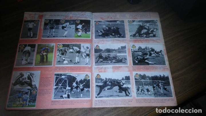 Coleccionismo deportivo: APRENDE A JUGAR A FUTBOL CON JOHAN CRUYFF ( GEPRODESA, 1984) - INOMPLETO A FALTA SOLO DE 2 CROMOS - Foto 23 - 255597635