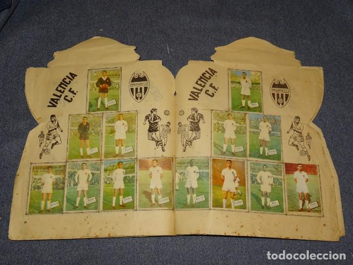 Coleccionismo deportivo: ALBUM CAMPEONATO DE LIGA 1960 - 61 - EDITORIAL FHER, FALTAN 11 CROMOS, VER FOTOIGRAFIAS ADICIONALES - Foto 17 - 261182750