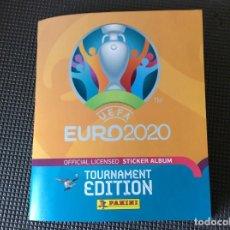 Coleccionismo deportivo: ALBUM FUTBOL OFFICIAL LICENSED STICKER UEFA EURO 2020 PANINI CON 205 CROMOS DIFERENTES SIN PEGAR. Lote 262401860