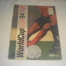 Coleccionismo deportivo: WORLD CUP USA 94 . CONTIENE 50 CROMOS. Lote 264845829
