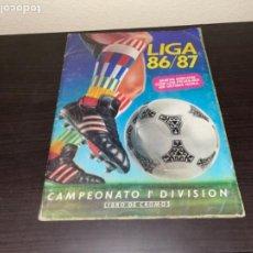 Coleccionismo deportivo: ÁLBUM DE CROMOS COMPLETO LIGA ESTE 86-87 1986-1987 VER FOTOGRAFÍAS DE TODO EL ÁLBUM.. Lote 272780748