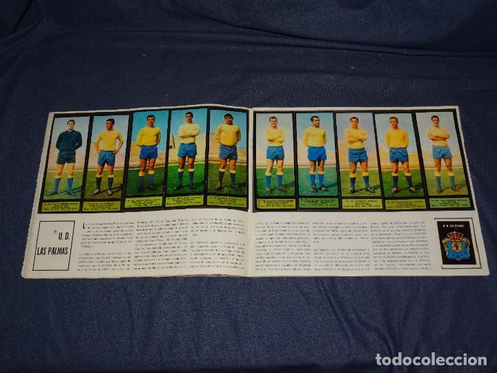 Coleccionismo deportivo: ALBUM FUTBOLITICO 1967 / 1968 EL ALCAZAR, MADRID - FALTAN 14 CROMOS, SEÑALES DE USO NORMALES - Foto 24 - 274207553