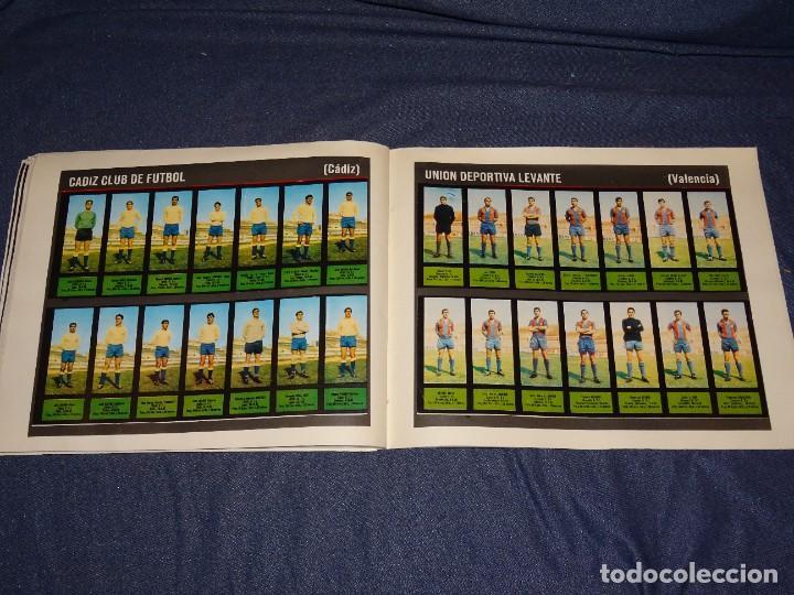 Coleccionismo deportivo: ALBUM FUTBOLITICO 1967 / 1968 EL ALCAZAR, MADRID - FALTAN 14 CROMOS, SEÑALES DE USO NORMALES - Foto 48 - 274207553