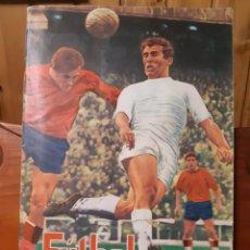 Collectionnisme sportif: ANTIGUO ÁLBUM DE CROMOS DE LA LIGA DE FÚTBOL 1968 - 69 DE FHER CON 325 CROMOS DE PRIMERA Y SEGUNDA. Lote 277060598