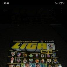 Coleccionismo deportivo: ÀLBUM LIGA ESTE 2012/2013 Y 2017/2018. Lote 288579558
