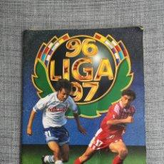 Coleccionismo deportivo: LOTE ALBUM 96-97 MÁS 418 CROMOS SIN REPETIR, 30 COLOCAS Y 14 FICHAJES NUNCA PEGADOS. Lote 294496383