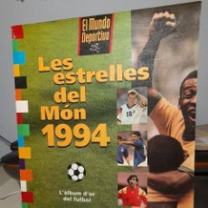 Coleccionismo deportivo: ALBUM LES ESTRELLES DEL MON 1994 ( INCOMPLETO) PELE, MARADONA, RONALDO, ROMARIO, CRUYFF, MALDINI ETC. Lote 295499958
