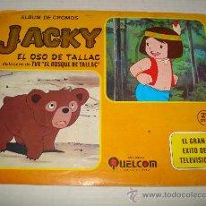 Coleccionismo Álbumes: ALBUM JACKY EL OSO DE TALLAC DE LA SERIE DE TV. *EL BOSQUE DE TALLAC* DE EDIT. QUELCOM DEL AÑO 1978.. Lote 28490693